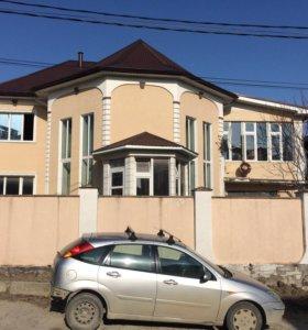 Дом, 304 м²