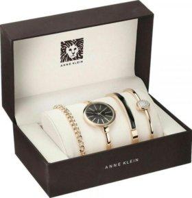 Роскошные часы Anne Klein