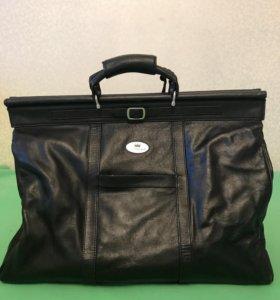 Дорожная кожаная сумка Redmond