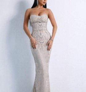 Платье вечернее с напылением серебряных блесток