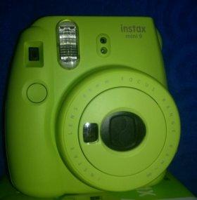 Фотоаппарат моментальной печати FUJIFILM Instax MI