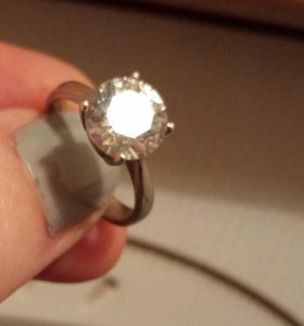 Кольцо с фианитом серебро 925 размер 15