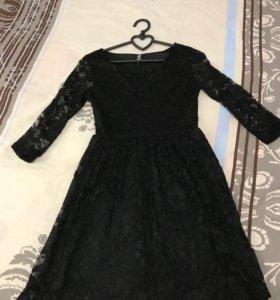 Платье чёрное кружевное