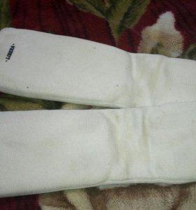 Спортивные накладки на ноги