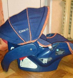 Автокоесло-переноска Graco