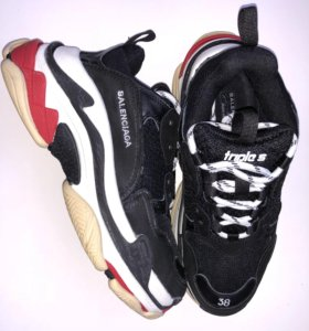 Кроссовки Balenciaga Triple S (red-black)
