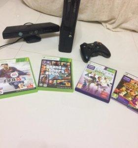 Xbox 360 4 gb + Kinect. В идеальном состоянии.