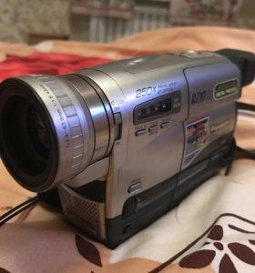Видеокамера Panasonic NV-RZ10 (кассетная)