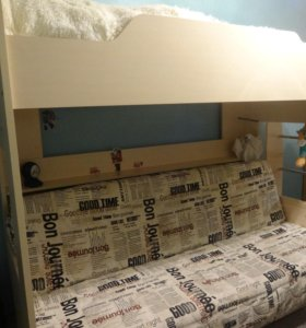 Кровать двух-ярусная