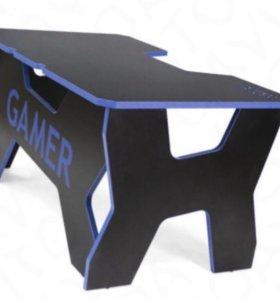 Компьютерный стол Generic Comfort Desk