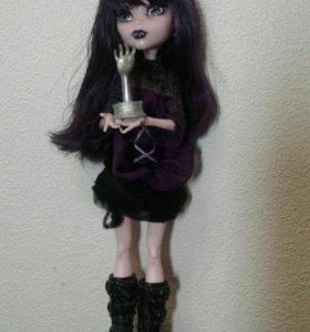 Кукла монстер хай. Эллизабет