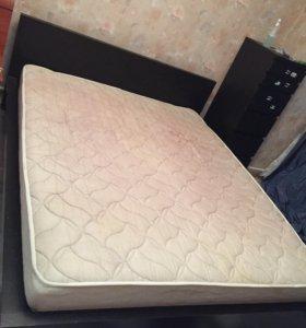 Кровать с матрасом б/у мальм икеа