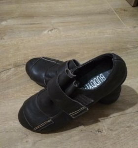 Туфельки кожанные