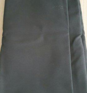 Отрез чёрной ткани