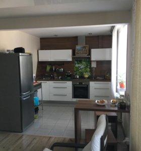 Квартира, 4 комнаты, 92.7 м²