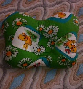 Продам ортопедическую подушку при кривошее