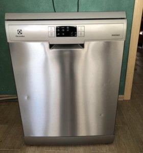 Посудомоечная машинка отдельностоящая