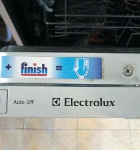 Посудомоечная машина Elektrolux.Встраиваемая.