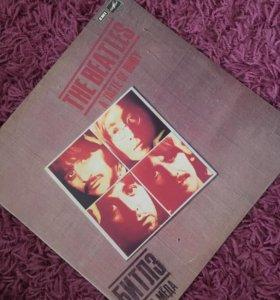 """Пластинка """"The Beatles"""""""
