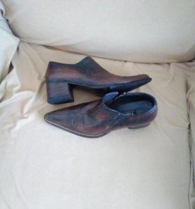 Туфли на молнии импортные