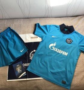 Мужская спортивная одежда в Владивостоке - купить одежду для спорта ... b5ac0a59805