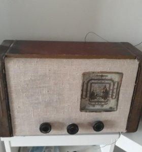 Радиоприемник винтажный
