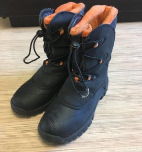 Ботинки на слякоть 35