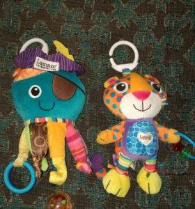 Развивающие игрушки-подвески Tomy