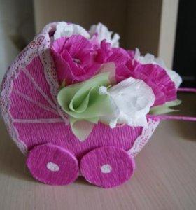 Подарки сладкие из конфет и цветов