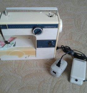 Швейная машина Singer SR-580.