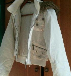 куртка осенняя 46разм.