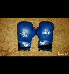 Боксерские перчатки Green Hill 12.oz