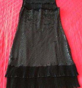 Платье чёрное с пайетками