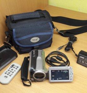 Продам б/у видеокамеру JVC GZ-MG135E