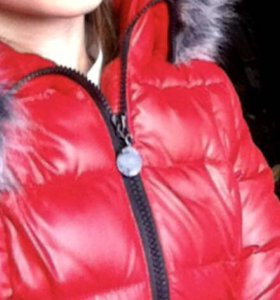 Тёплая приталенная курточка