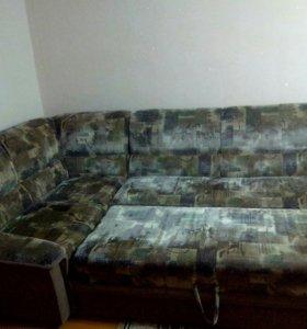 СРОЧНО..ПРОДАМ..Угловой диван