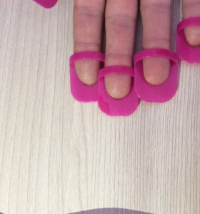 Трафареты для ногтей под любые лаки.