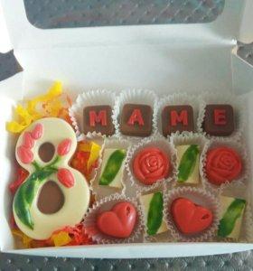 Шоколадные конфеты ручной работы, торты, капкейки