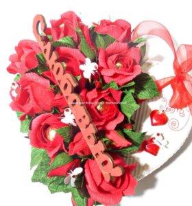 Сердце из конфет (валентинка)