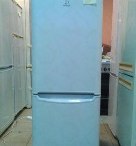 Холодильник Indesit IB234