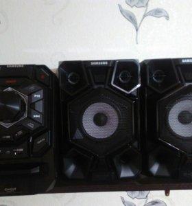 Музыкальный центр Samsung MX-J630