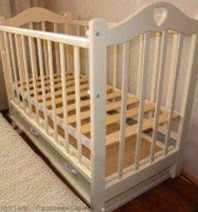 Кроватка детская с маятником + ортопед. матрас
