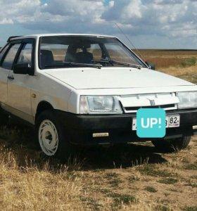 ВАЗ 21093 1989 г. под разбор целиком.