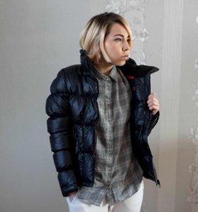 Женская куртка (пуховик) Puma.