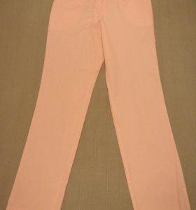 Медицинские женские брюки 44 размера