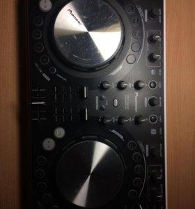 DJ-контроллера Pioneer DDJ-WeGo