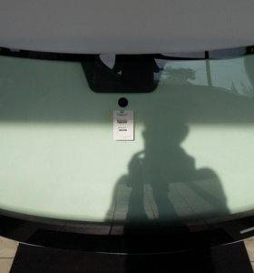 Лобовое стекло VW JETTA 2011