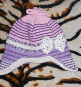 Весенне-осенняя шапочка для девочки