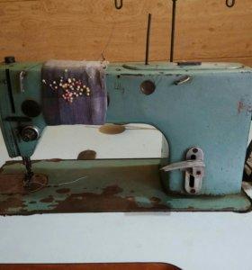 Швейная машина 1022-М кл.