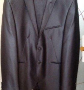 Стильный мужской костюм Diego Balotelli